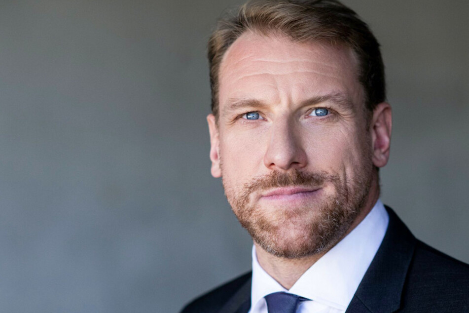 Günther Groissböck (44) hat seine Rolle als Wotan bei den Bayreuther Festspielen kurz vor der Premiere abgesagt.