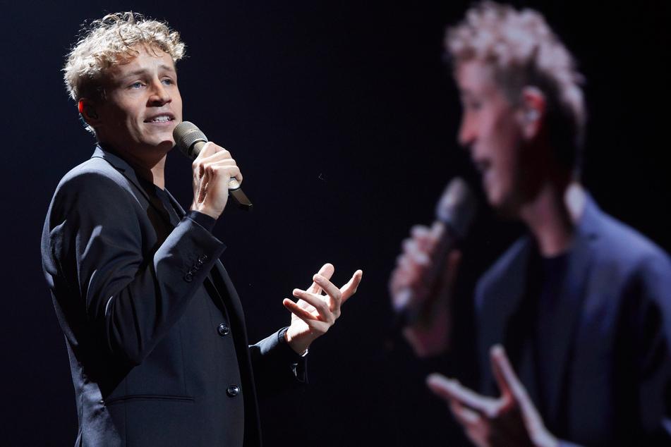Pop-Sänger Tim Bendzko (35) ist am Wochenende in Leipzig trotz Corona-Pandemie vor über Tausend Menschen aufgetreten.