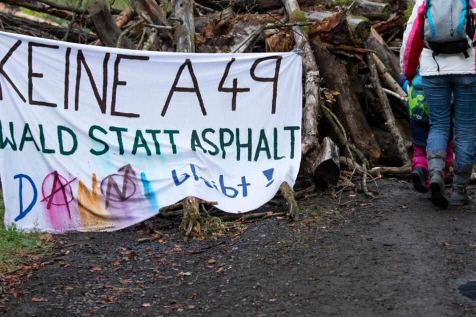 Grüne stecken wegen A49-Protesten im Dilemma: Drohen Stimmverluste?