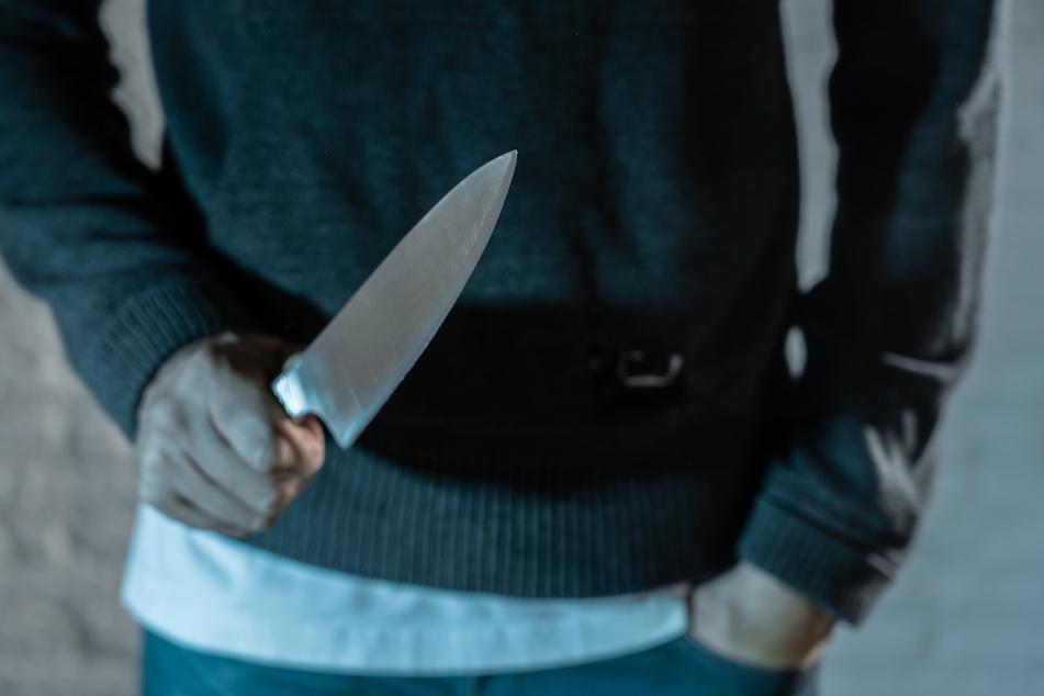 Messer-Attacke: Teenager geht auf Neunjährigen los