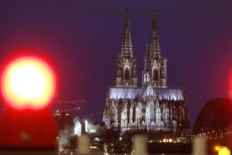 Ansturm in Köln: Zu viele wollen Kirche verlassen, Termine restlos ausgebucht