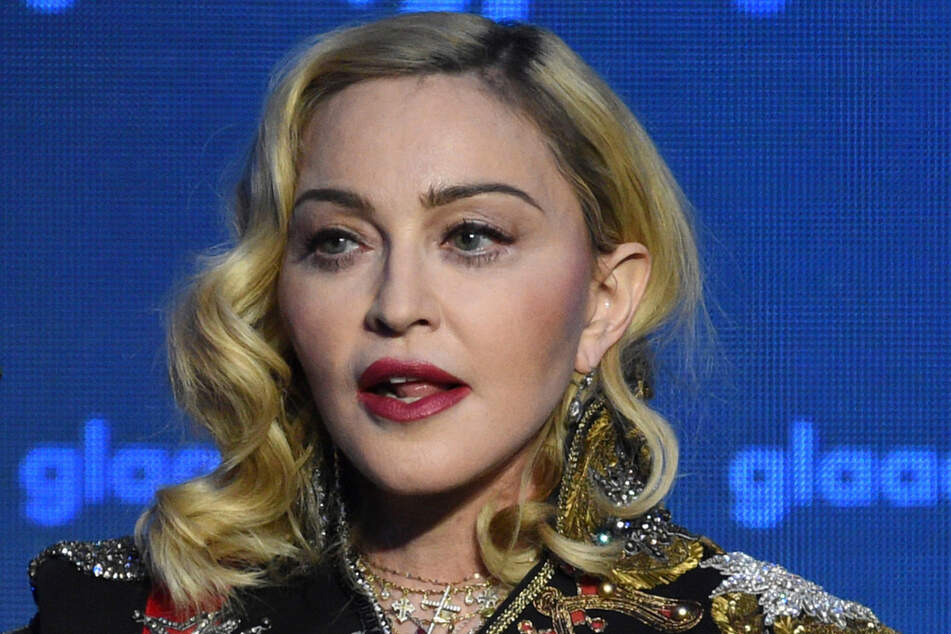 Promi-Bonus im Lockdown? US-Superstar Madonna (62) jettet munter um die Welt.