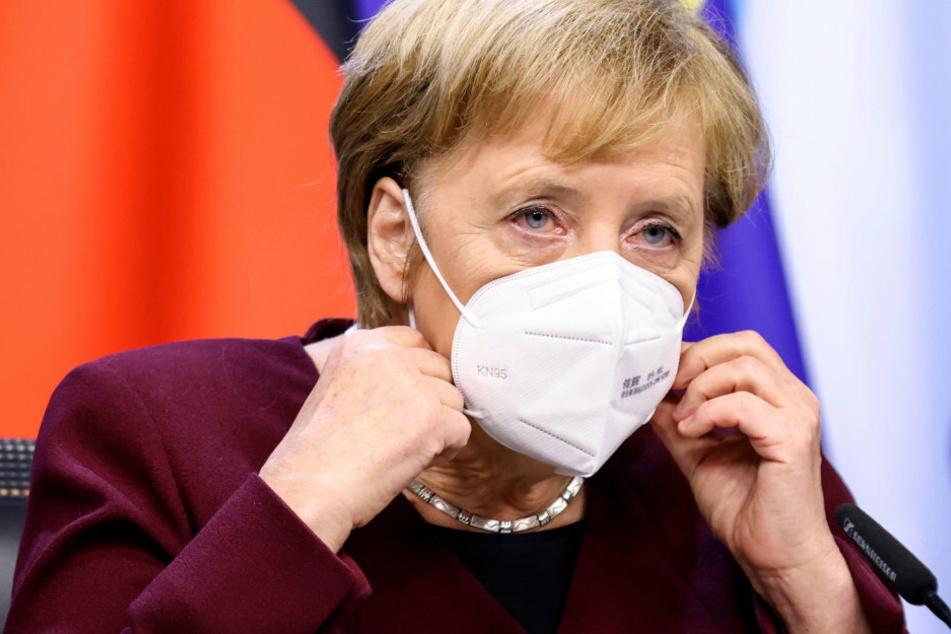 Bundeskanzlerin Angela Merkel (CDU) ruft die Bürger zu mehr Zusammenhalt auf.