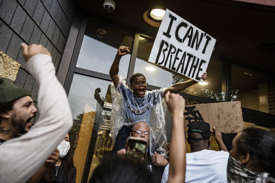 Brutaler Tod von George Floyd sorgt in USA für heftige Proteste