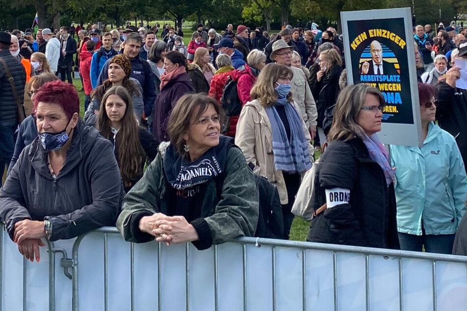 """""""Schüler/innen gegen die Maskenpflicht"""": """"Querdenker""""-Gründer unterstützt Demo"""