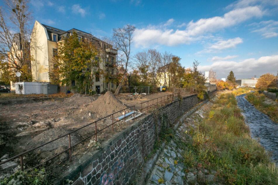Die Brachfläche an der Würzburger Straße soll bis zum Frühjahr 2021 eine Grünfläche werden.