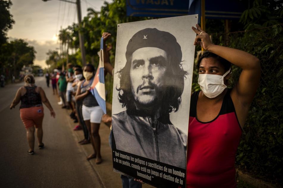Offenbar war Kachelmann in jungen Jahren ein Verehrer des Revolutionärs Che Guevara. In seinem Jugendzimmer hatte er ein Poster des Freiheitskämpfers hängen.