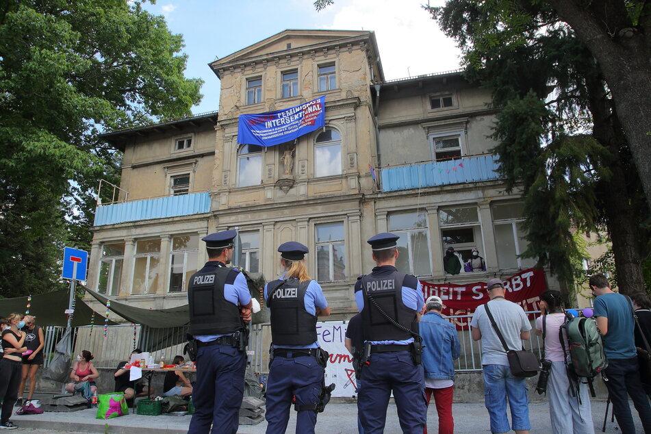 Die Villa auf der Jägerstraße in Dresden wurde von mehreren Personen besetzt.