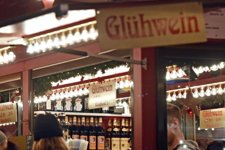 Bald verboten? Stadt Köln befasst sich mit Glühwein-Ständen