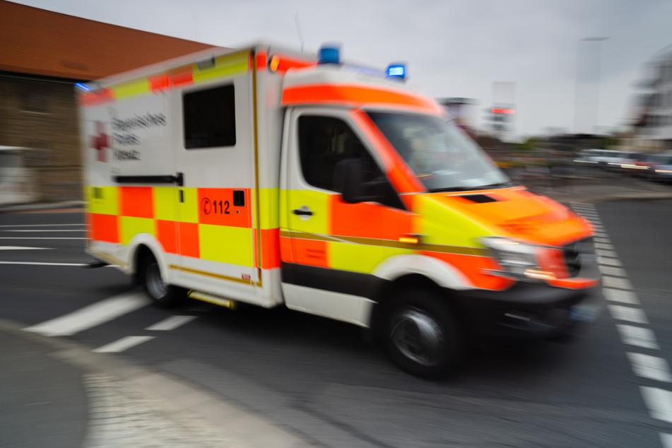 Spandau: Fußgänger (†56) von Lastwagen überrollt und gestorben