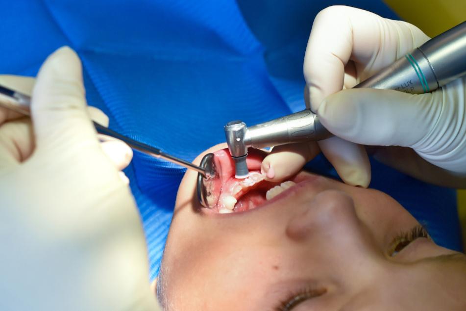 Sachsens Zahnörzte wollen gut auf Corona-Patienten vorbereitet sein.