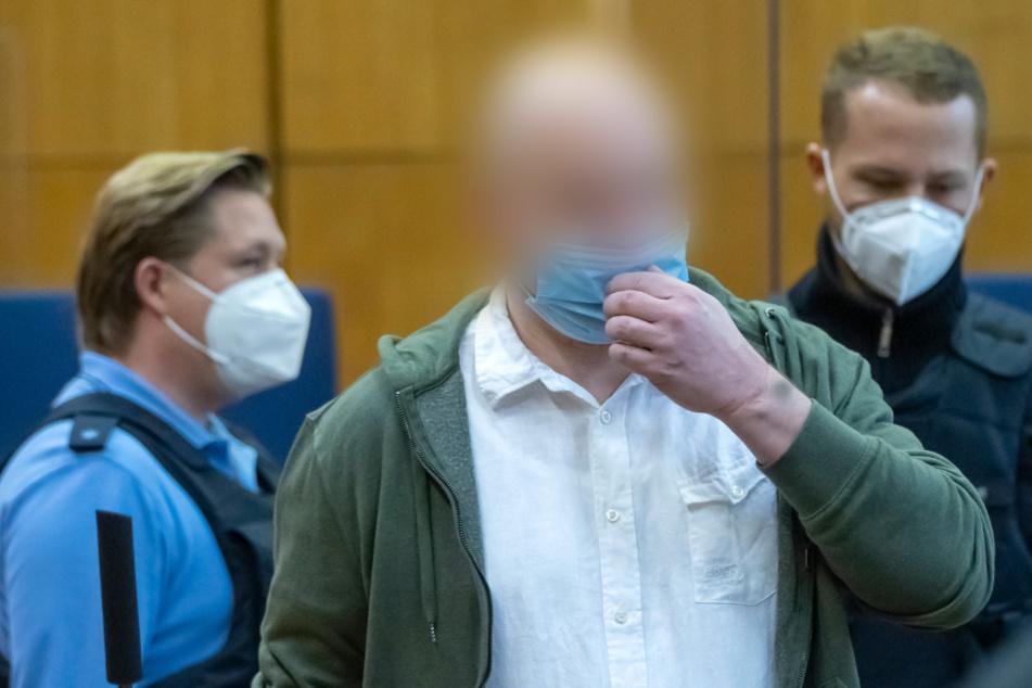 Medienberichte: Mitangeklagter im Lübcke-Prozess als Gefährder eingestuft