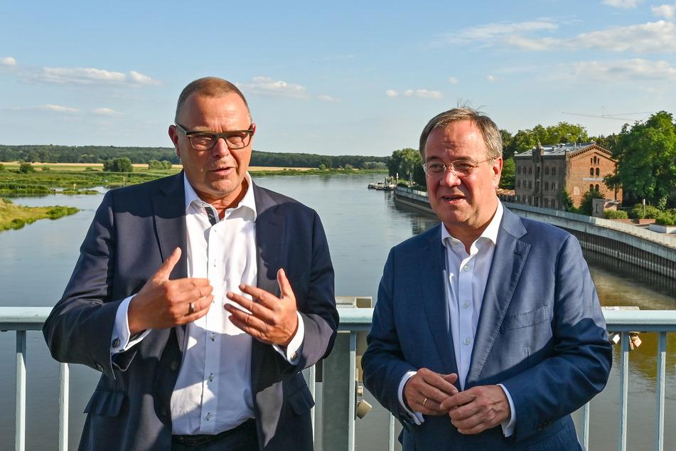 Brandenburg-Politiker Michael Stübgen (61, CDU, l.) und Kanzlerkandidat Armin Laschet (60, CDU, r.) wollen das Ruder zugunsten der CDU umreißen.
