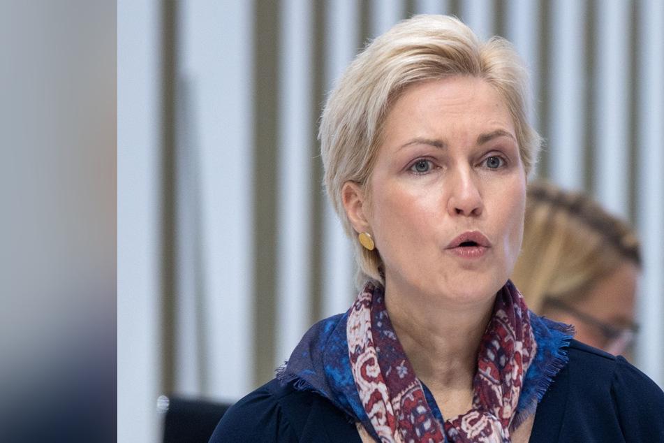 Manuela Schwesig (46, SPD), Ministerpräsidentin von Mecklenburg-Vorpommern, spricht im Landtag.