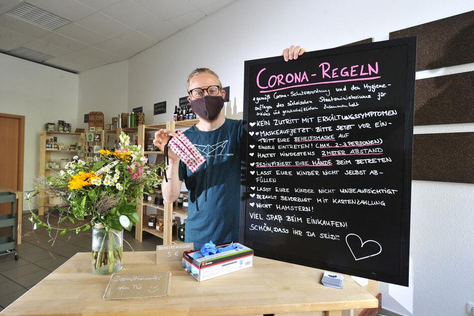 """Der Unverpackt-Laden """"Mr. Cornfill"""" erlebt einen großen Andrang - aber Andrang nach Corona-Regeln."""