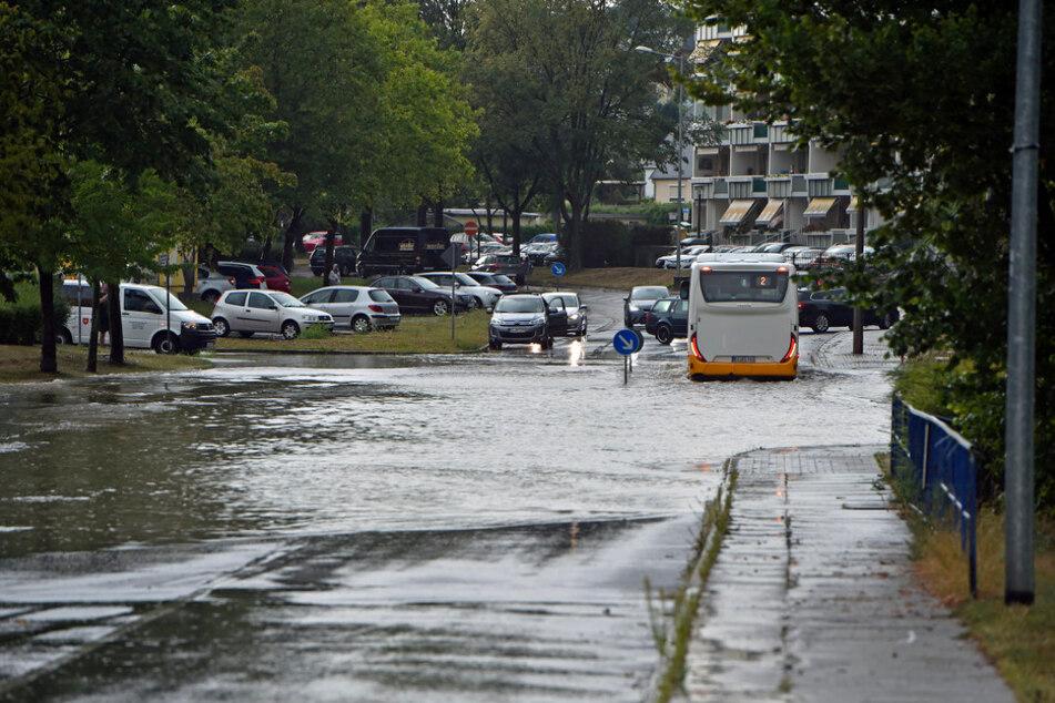 Am Freitagnachmittag überfluteten starke Regenfälle das Stadtgebiet von Bautzen.
