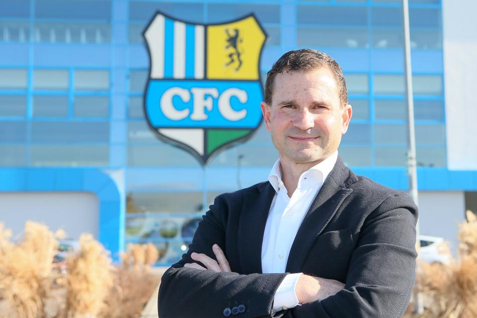 Marc Arnold (50) ist der neue Geschäftsführer Sport bei den Himmelblauen. Sein Auftrag lautet ganz klar: Der CFC muss schnellstmöglich in die 3. Liga zurückkehren.