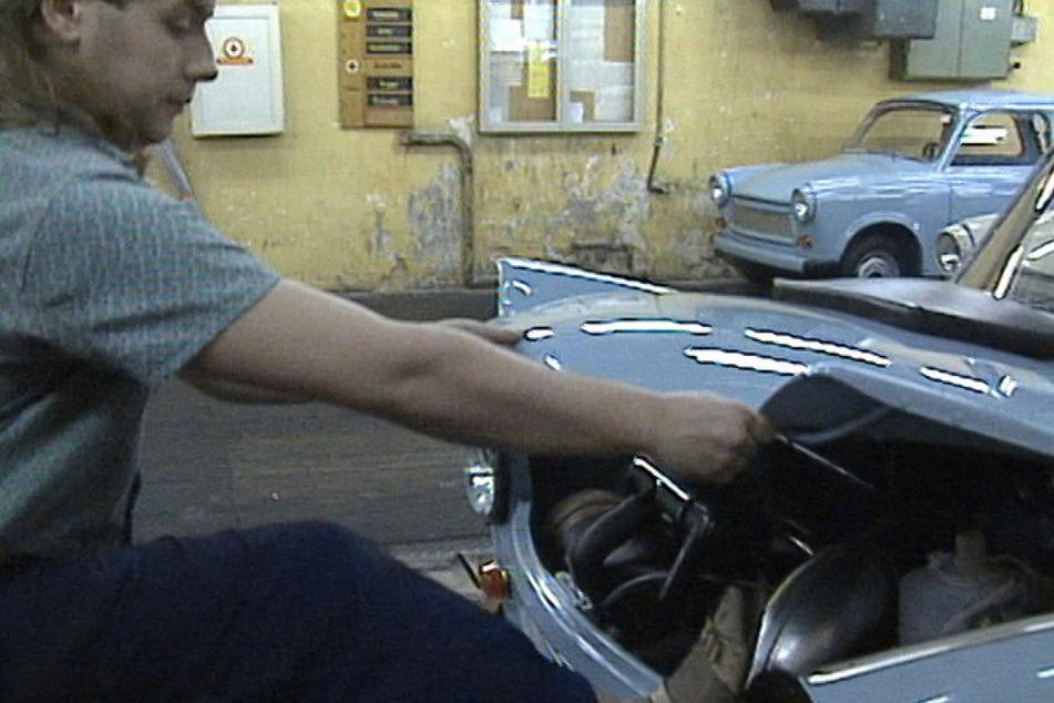 """Leipzig: Ihr letztes Gefecht: """"MDR Zeitreise"""" blickt auf den Überlebenskampf der DDR-Betriebe"""
