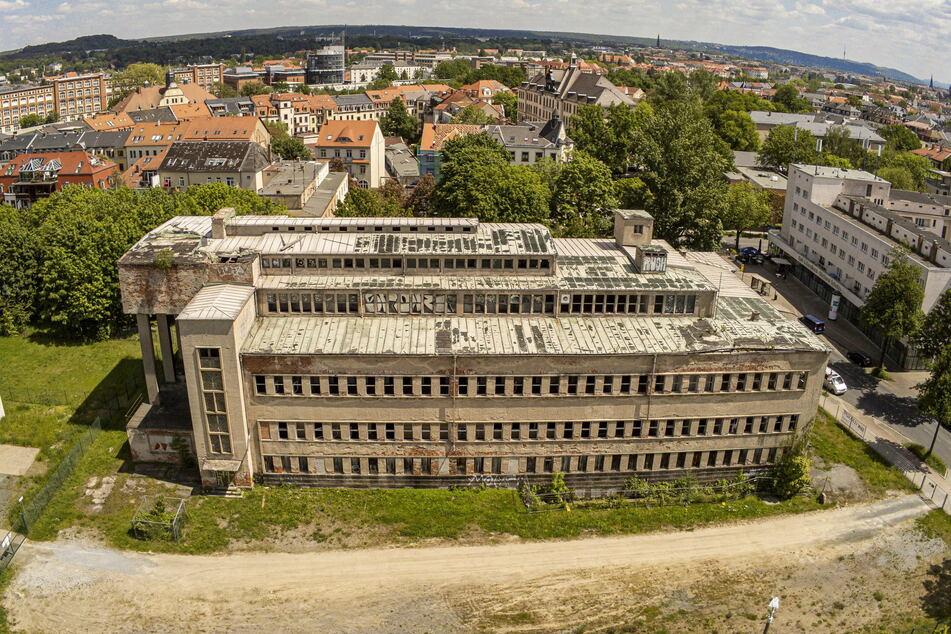 Dresden: Von wegen kein Geld: Hat uns das Rathaus beim Sachsenbad-Verkauf hinters Licht geführt?