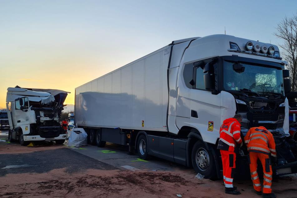 Auf der A2 starb am Dienstagabend ein 61-jähriger Lkw-Fahrer.
