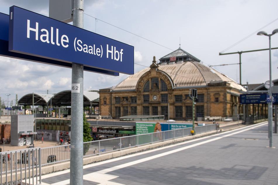 Der bundesweite Streik der Gewerkschaft Deutscher Lokomotivführer (GDL) sorgt auch in Sachsen-Anhalt für Beeinträchtigungen. (Archivbild)
