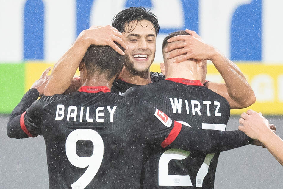Bayer Leverkusen ist in dieser Bundesligasaison noch unbesiegt und kletterte auf Platz vier.