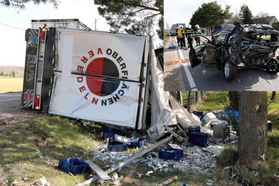 Crash mit vier Fahrzeugen und drei Schwerverletzten