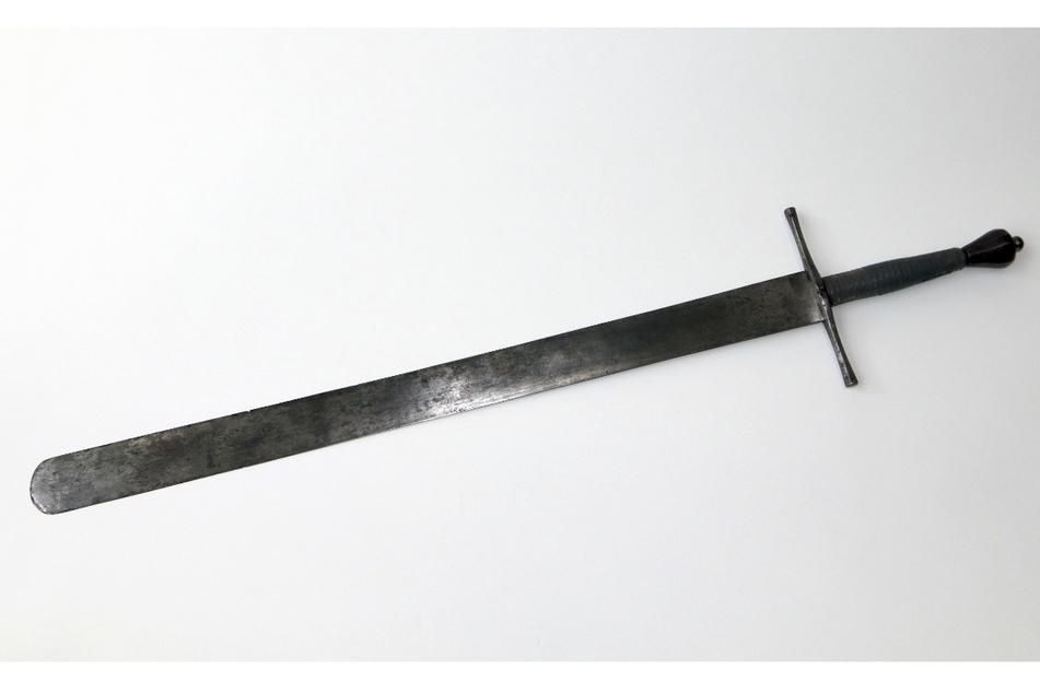 Das Schongauer Henkersschwert, das vermutlich im 16. oder 17. Jahrhundert von einem Henker verwendet wurde (undatierte Aufnahme).