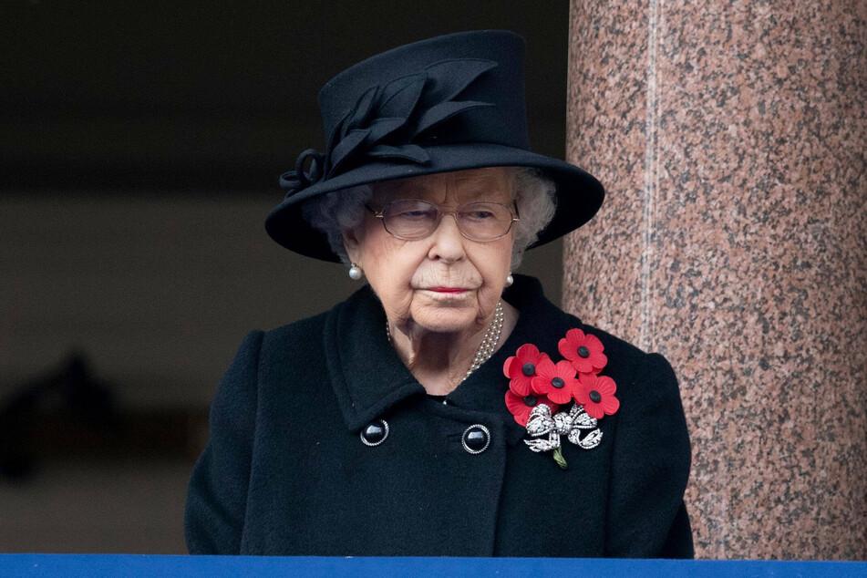 Queen Elizabeth II (94) had a difficult 2020.