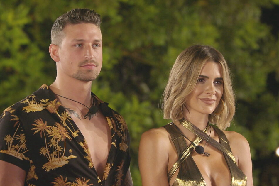 """Yannik (26) und Andrina (28) sind das erste Couple der neuen """"Love Island""""-Staffel - bleiben es aber nicht lange."""