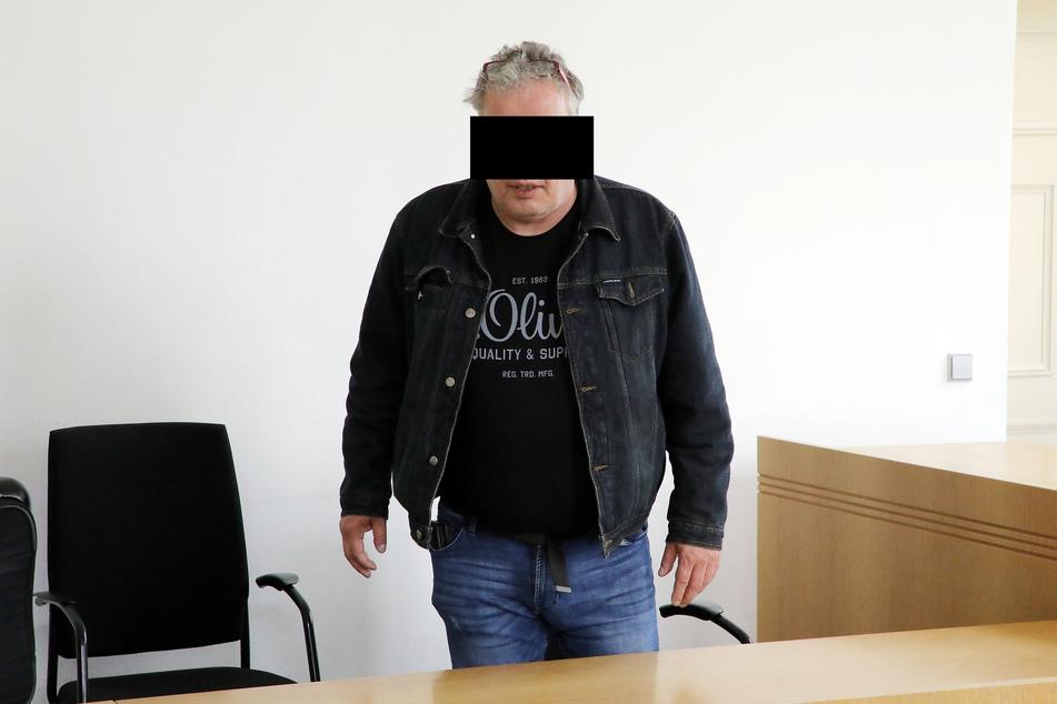 Liebesschwindler will nicht in den Knast: Warum er trotzdem eine Haftstrafe bekommt