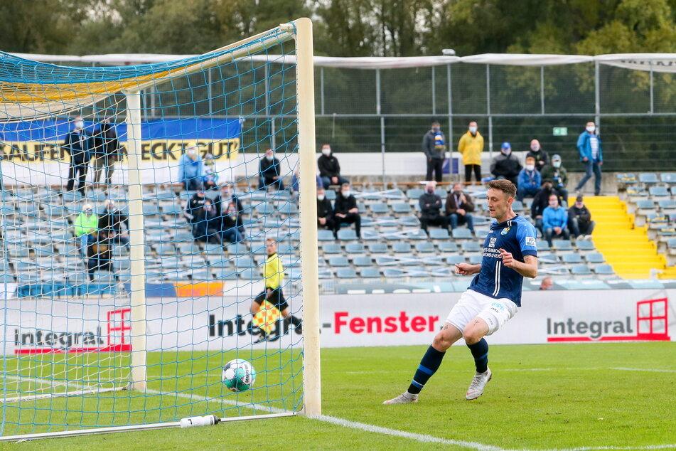 Der Treffer zum 0:1 in Jena war für Christian Bickel (30) eine der leichteren Übungen.