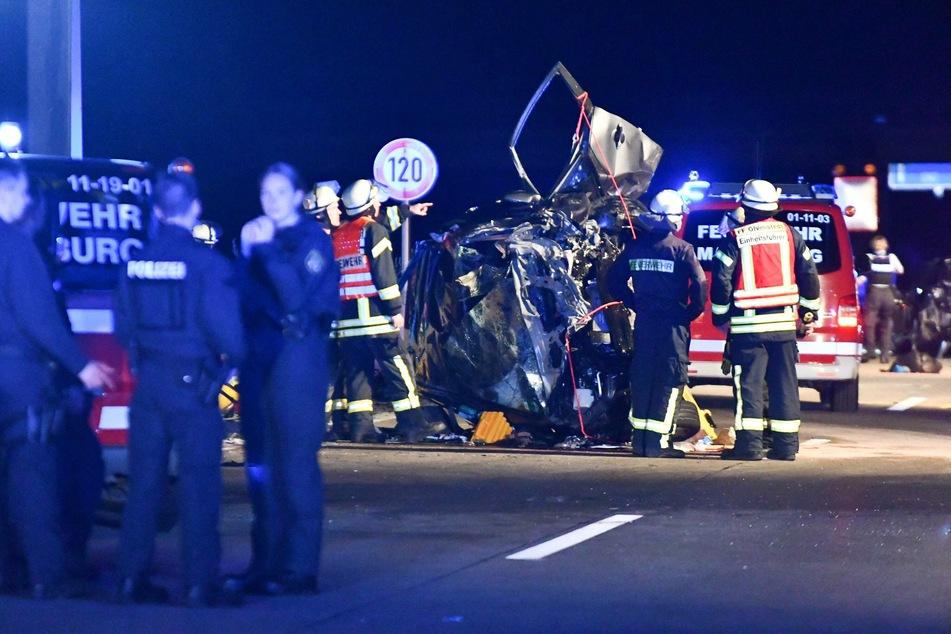 Die beiden Insassen (84, 88) im Auto des Geisterfahrers starben.