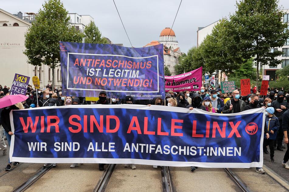 """Am Samstag haben sich mehrere Tausend Menschen an der """"Wir sind alle LinX""""-Demo in Leipzig beteiligt."""