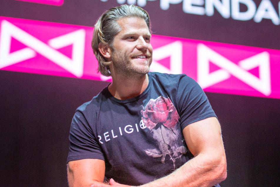 "Paul Janke, Ex-""Bachelor"" nimmt Sebastian in Schutz."