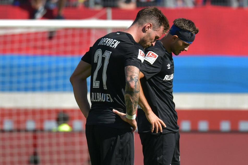 Diesmal soll der Kopf bei Michael Sollbauer (l.) nicht runtergehen. Am Sonntag will er gegen Bremen die Null halten - vor dem eigenen Tor.