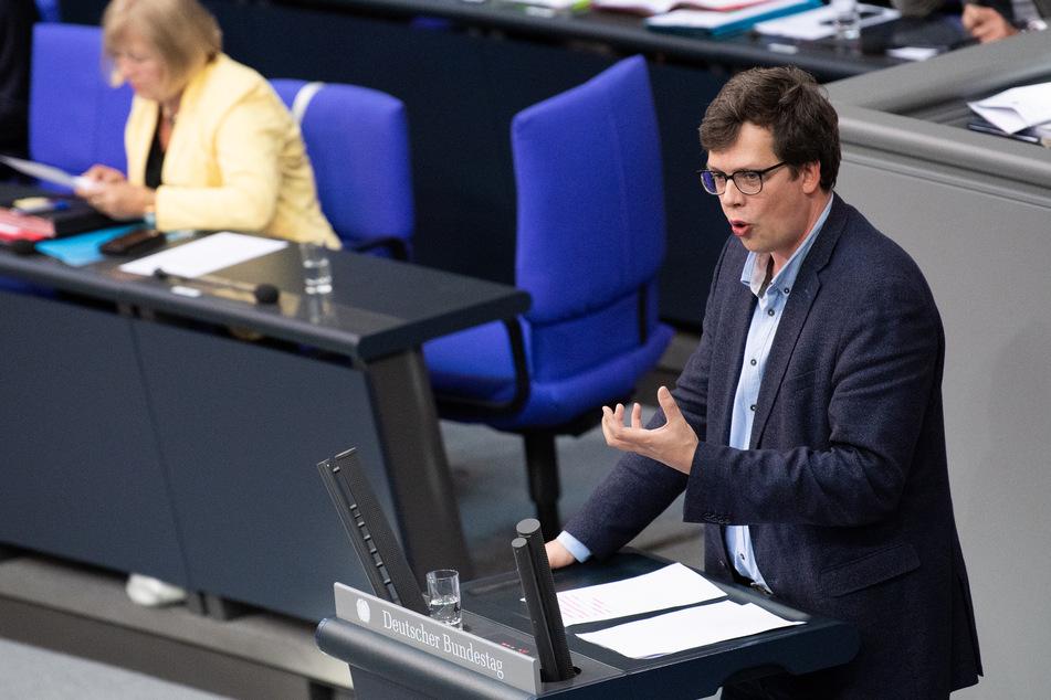 """FDP-Klimaexperte Lukas Köhler (34) hält die schnelle Umsetzung des neuen Klimaschutzgesetzes für """"völligen Wahnsinn""""."""