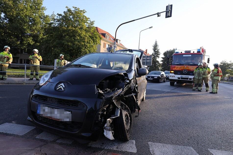 Der schwarze Citroen C1 ist einer der beiden Unfallwagen.