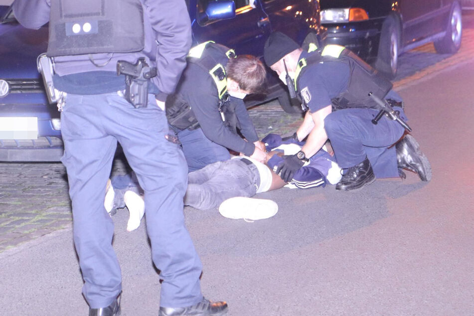 Ein Mann wurde nach einem Messerangriff in Berlin-Mitte festgenommen.