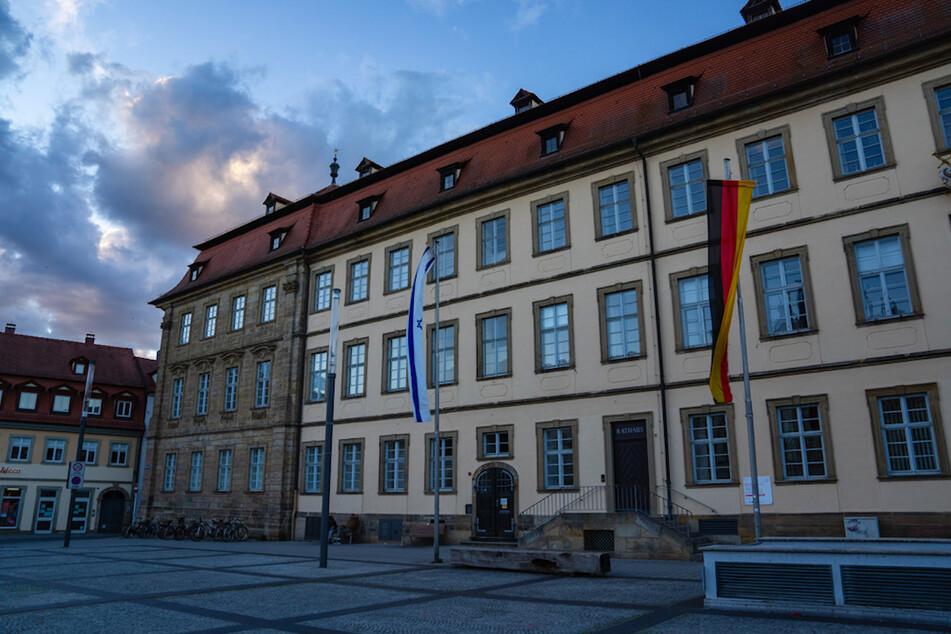 Skandal um Sonderzahlungen: Bamberger Rathaus zahlte wohl unzulässig Prämien