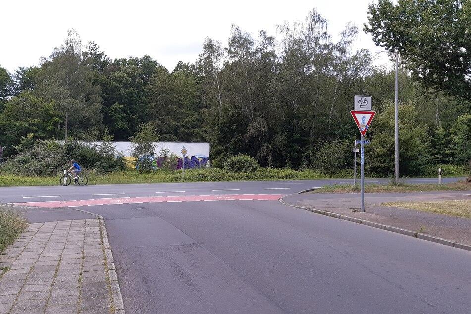 An der Ecke Höltystraße/Chemnitzer Straße kam es am Mittwoch zu einem Zusammenstoß.