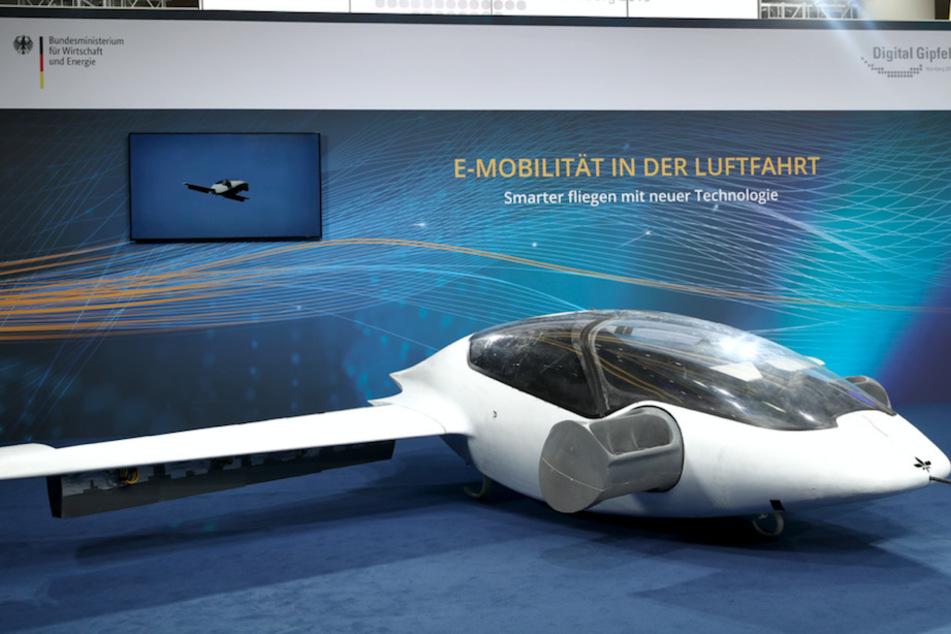 """Der Prototyp des ersten """"Flugtaxis"""", der eVTOL - electric vertical take-off and landing Jet - des Münchner Herstellers Lilium."""