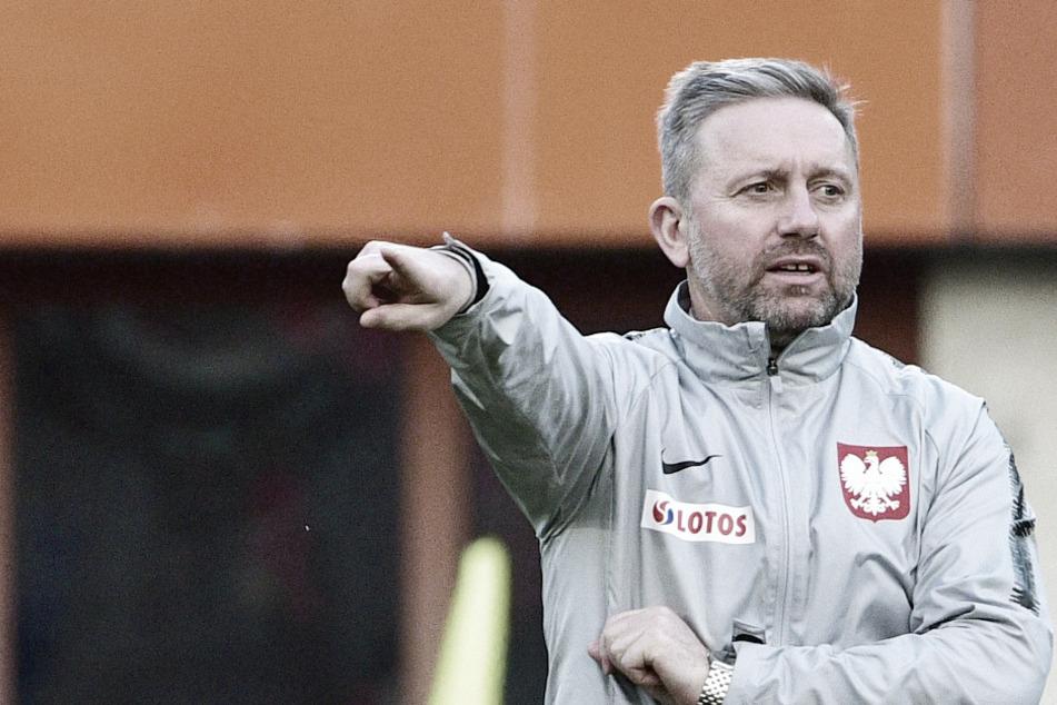 Corona-Schock in Polen: Erstligist sowie Nationaltrainer positiv auf Covid 19 getestet