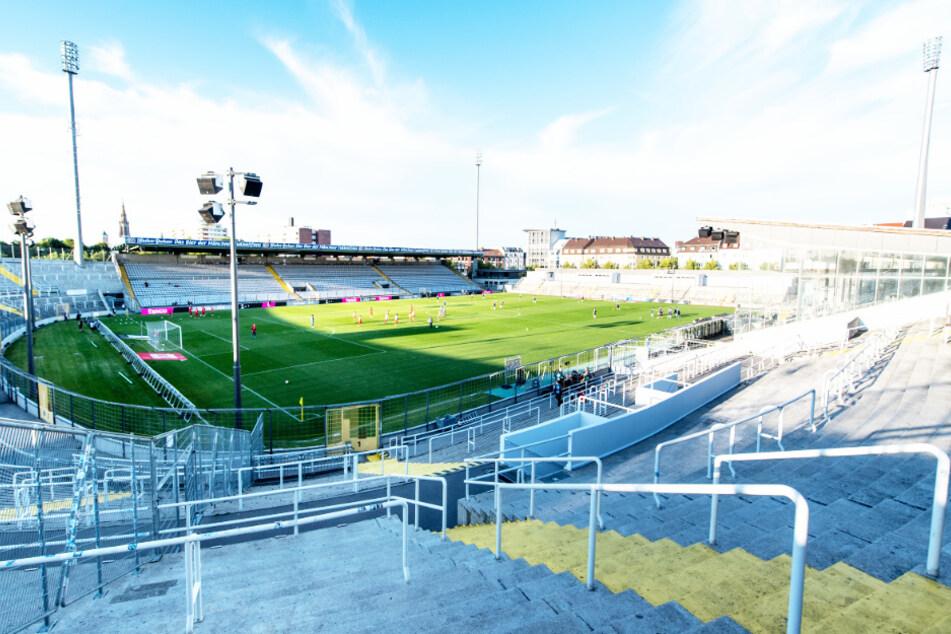 Der TSV 1860 München muss sein erstes Heimspiel der Saison in der 3. Liga in der bayerischen Landeshauptstadt ohne Zuschauer bestreiten.
