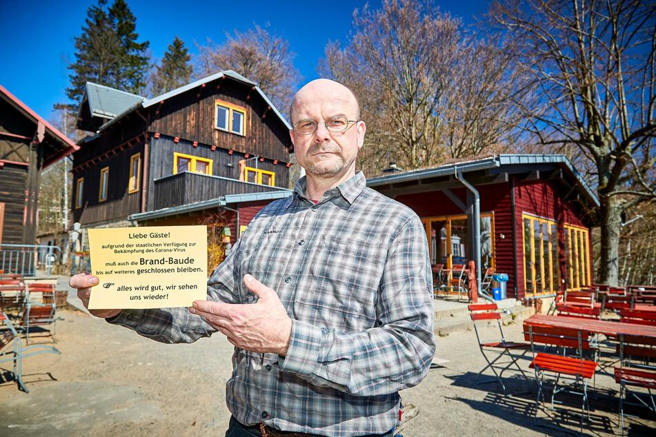 Michael Dora (51) hofft, seine Brandbaude bald wieder öffnen zu können.