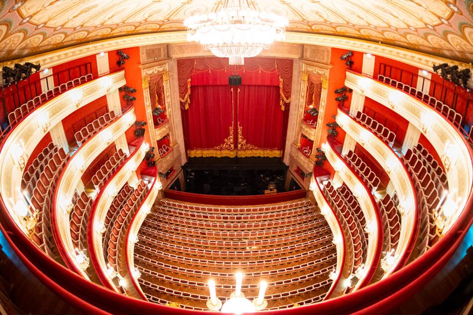 Aufführungsstätten wie das Staatstheater am Gärtnerplatz in München sind von den Einschränkungen betroffen.