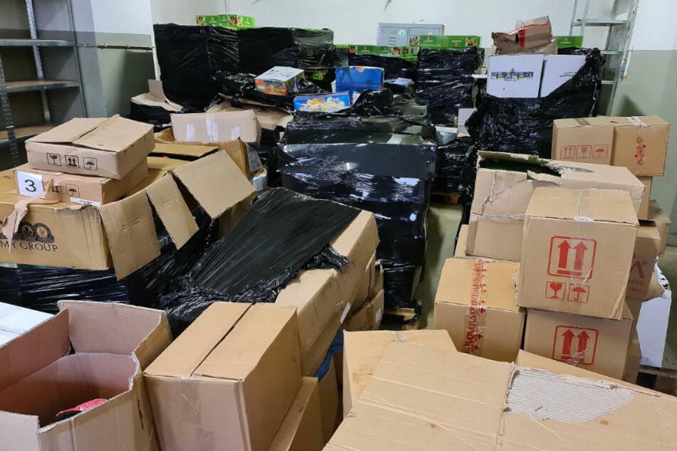Rekordfund: Zoll beschlagnahmt mehr als zehn Tonnen Shisha-Tabak!