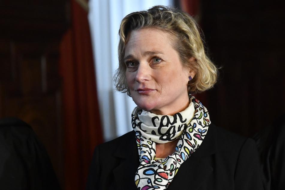 Delphine Boël (52), Künstlerin aus Belgien, stritt darum, offiziell als leibliche Tochter des früheren belgischen Königs Albert II. anerkannt zu werden.