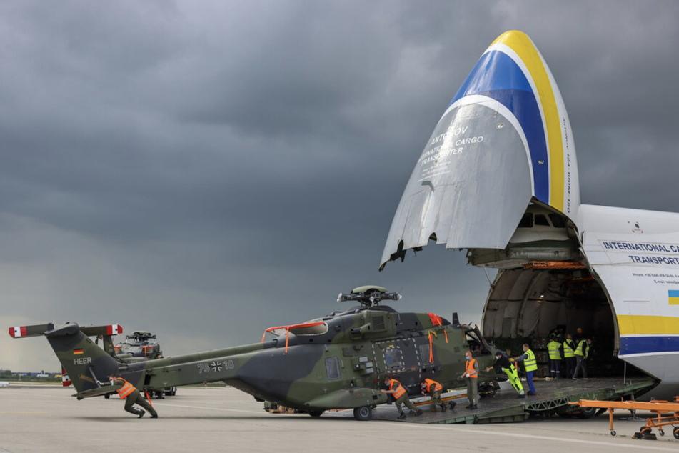 Mitte Mai landete der erste Antonov-Flieger mit Material der Bundeswehr aus Afghanistan in Leipzig - von dort wollen sich NATO-Truppen bis September zurückgezogen haben.