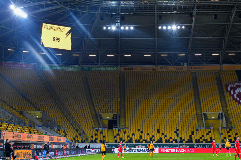 Gegen Meppen dürfen noch einmal 999 Zuschauer ins Harbig-Stadion.